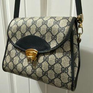 Vintage Gucci Navy shoulder bag